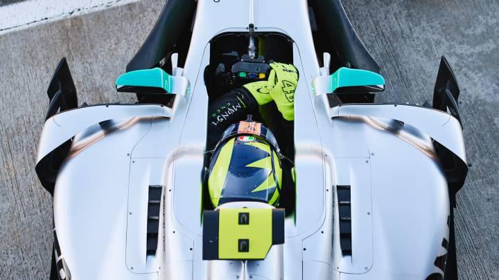 ROSSI EN LLAMAS TRAS PROBAR MERCEDES F1 EN VALENCIA